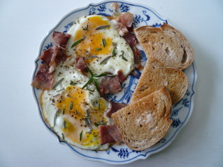 eggs and prosciutto